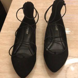 Super Cute Black Flats 🥿